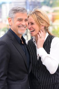 69th Cannes Film Festival - 'Money Monster' - Photocall Featuring: George Clooney, Julia Roberts Where: Cannes, France When: 12 May 2016 Credit: Joe Alvarez **PLEASE SET CREDIT AS JOE ALVAREZ ONLY.**